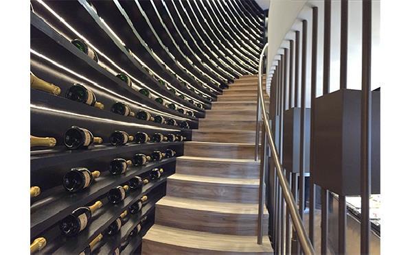 Wine-Palace-Iglu3_78